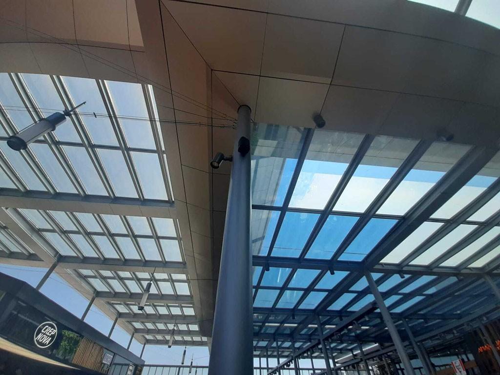 laminas solares Solarcheck para edificios en la maquinista